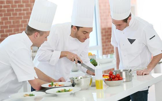 Curso en l nea online de jefe de cocina avalado por la for Cursos de cocina gratis por internet